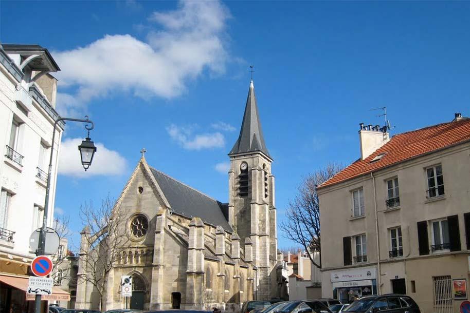Eglise de Saint-Hermeland témoin du patrimoine architectural riche de Bagneux